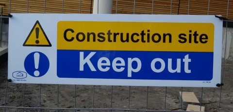 How to prevent trespassers and vandalism on a building site